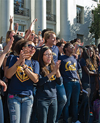 Chorus singing on Sproul Hall steps