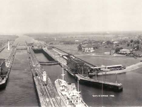 The Gatun Locks of the Panama Canal in 1936. (Photo by E.O. Goldbeck/Library of Congress.)