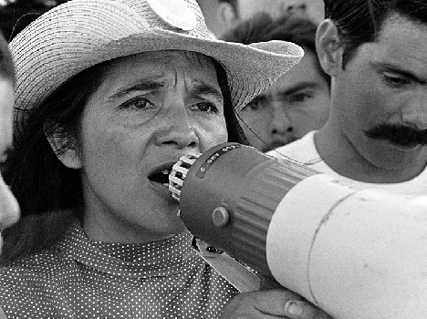 (Dolores Huerta organizing marchers on the 2nd day of March Coachella in California, 1969. © 1976 George Ballis/Take Stock/The Image Works/Courtesy of Ro*co.)